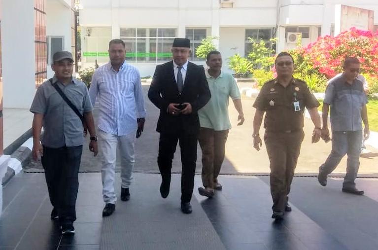 Jefri Un Banunaek Dijemput Jaksa di Ujung Masa Jabatan